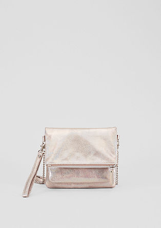 Clutch in schimmernder Metallic-Optik