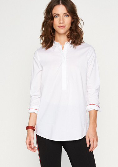 Elegant business blouse with a short button placket from comma