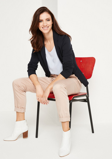 Sporty jersey blazer with exciting details from comma