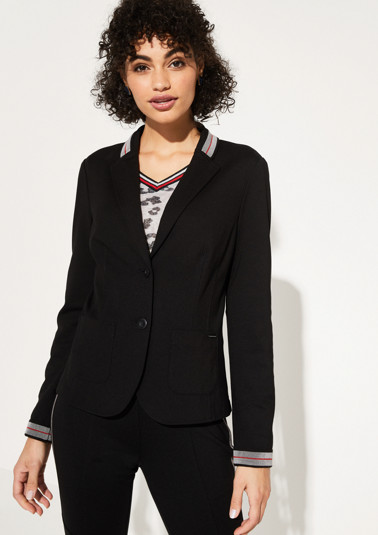 Jersey blazer with sophisticated details from comma
