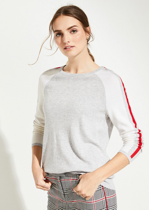 Knitted jumper with decorative stripes on the sleeves from comma