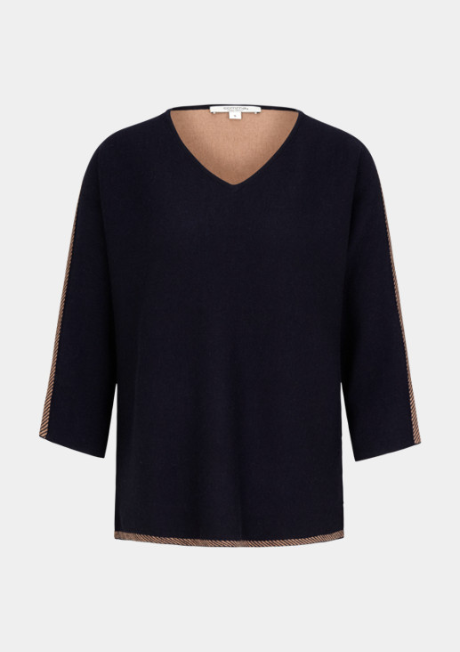 Knitted jumper with 3/4-length sleeves and a V-neckline from comma