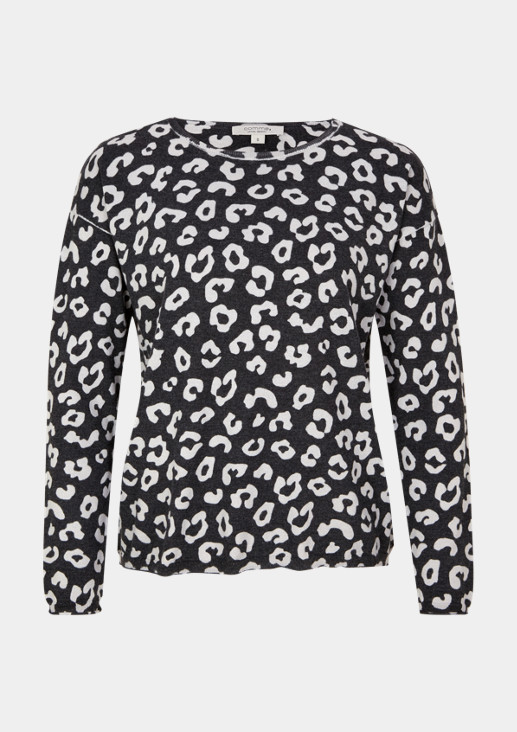 Knitted jumper with an exciting leopard pattern from comma