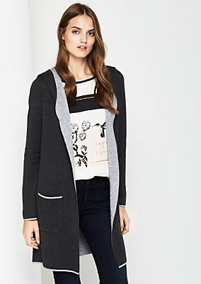Long cardigan with fascinating details from comma