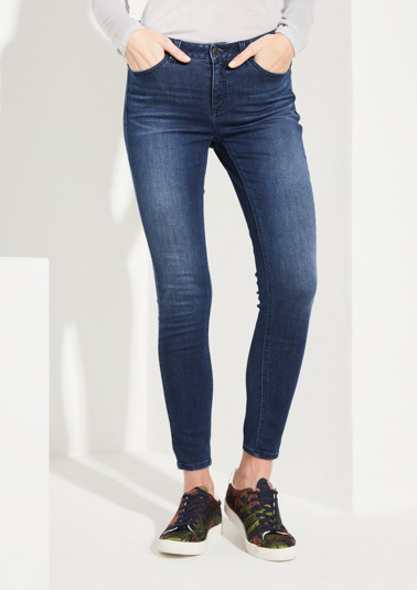 Jeans in aufregender Used-Waschung