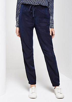 Sporty, casual trousers in a beautiful wash from comma