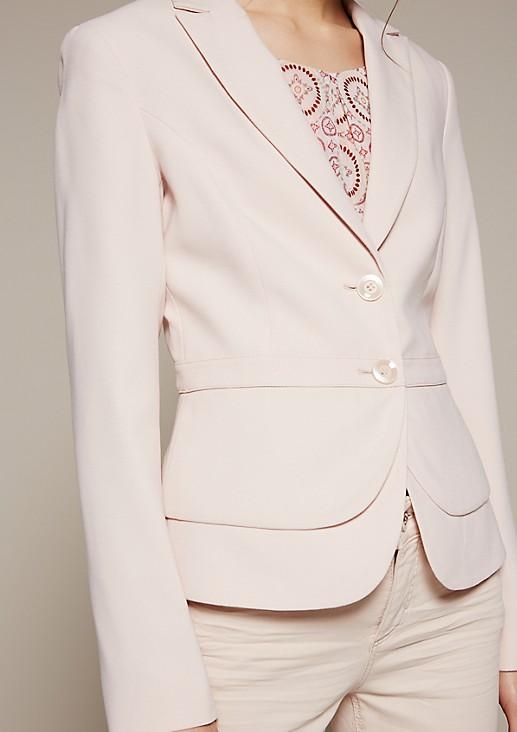 Eleganter Blazer mit dekorativen Detailarbeiten