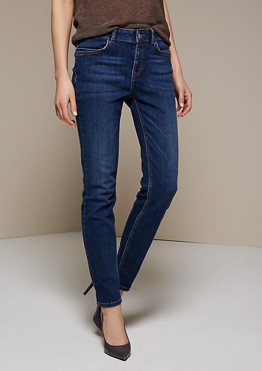 Lässige Boyfriend-Jeans im Used-Look