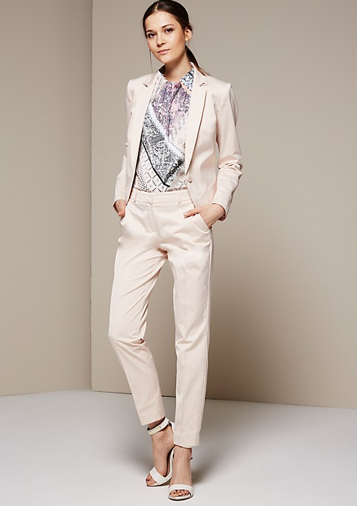Feine Businesspants aus matt glänzendem Satin