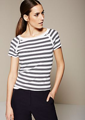 Sporty summer jumper with short sleeves from s.Oliver