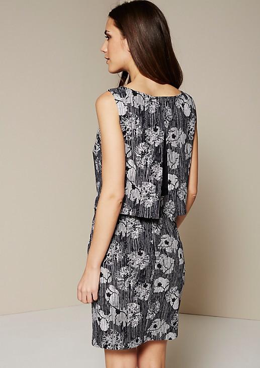 Elegantes Casualkleid mit raffiniert gestaltetem Alloverprint