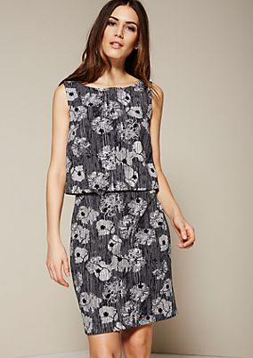 Elegant casual dress with a sophisticated all-over print from s.Oliver
