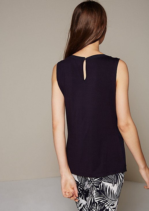 Beautiful summer top in an attractive mix of fabrics from s.Oliver