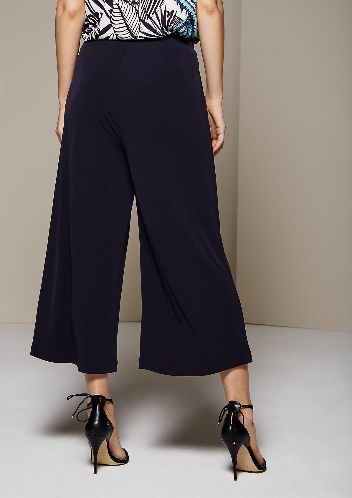 Sommerliche 3/4-Jerseypants mit feinen Details