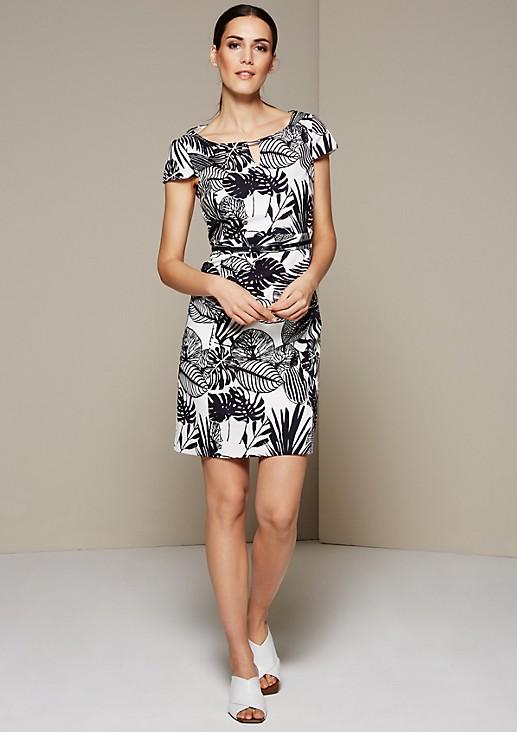 Feines Businesskleid mit verspieltem Muster