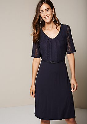 Fine short sleeve dress with delicate lace trimming from comma