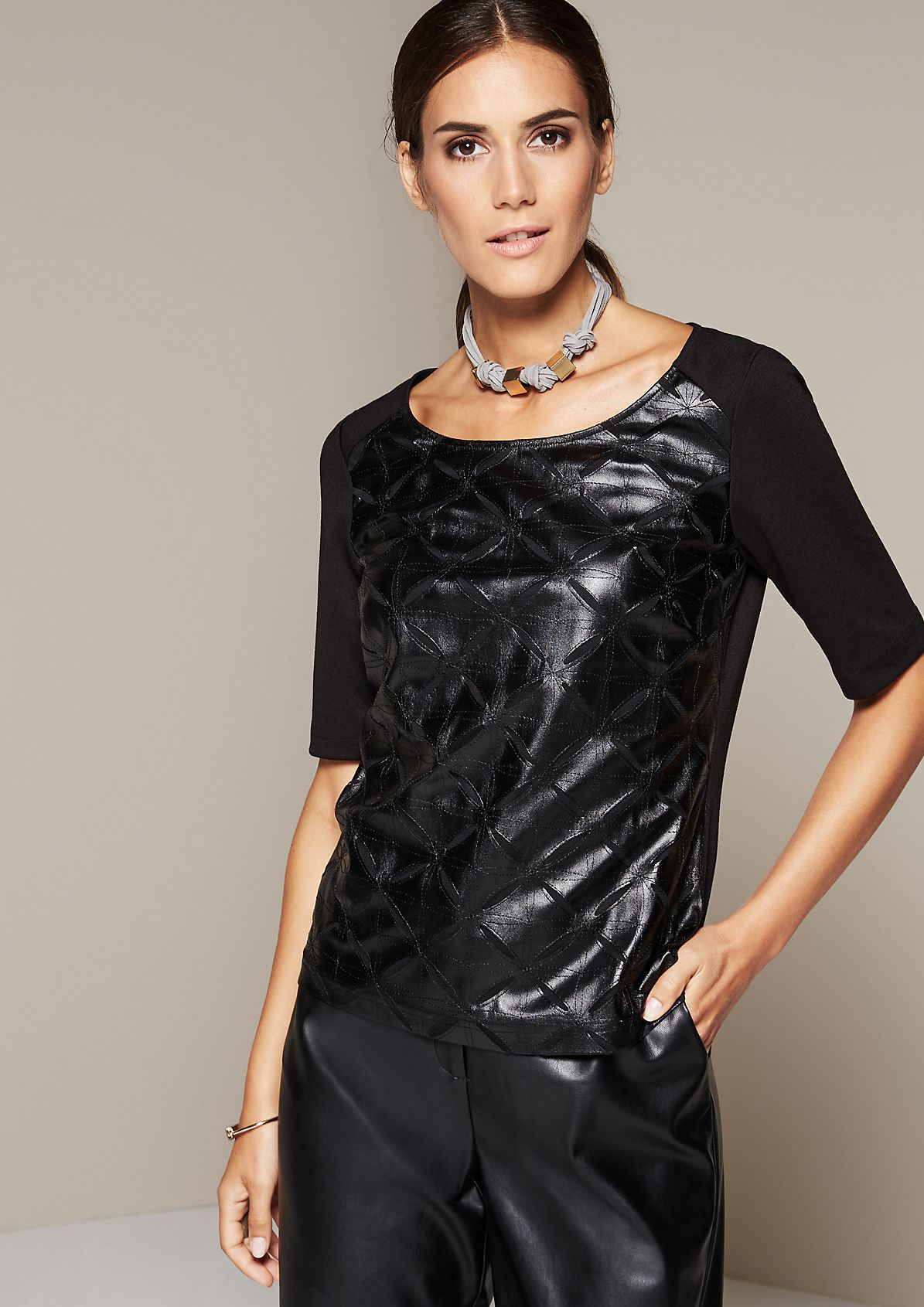 Glamorous short sleeve top with an elegant imitation leather pattern from comma