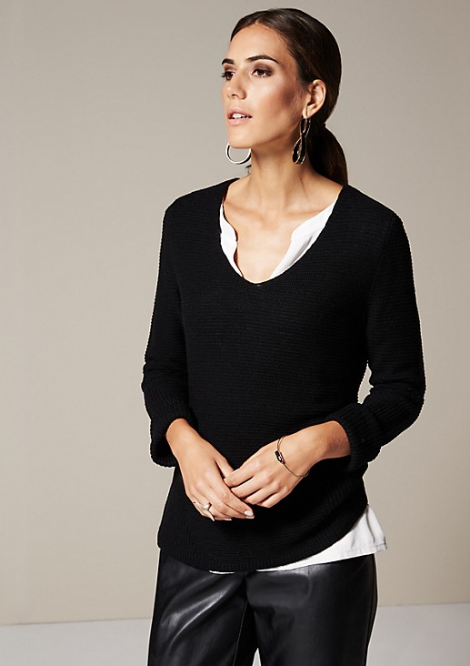Casual knit jumper with beautiful details from comma