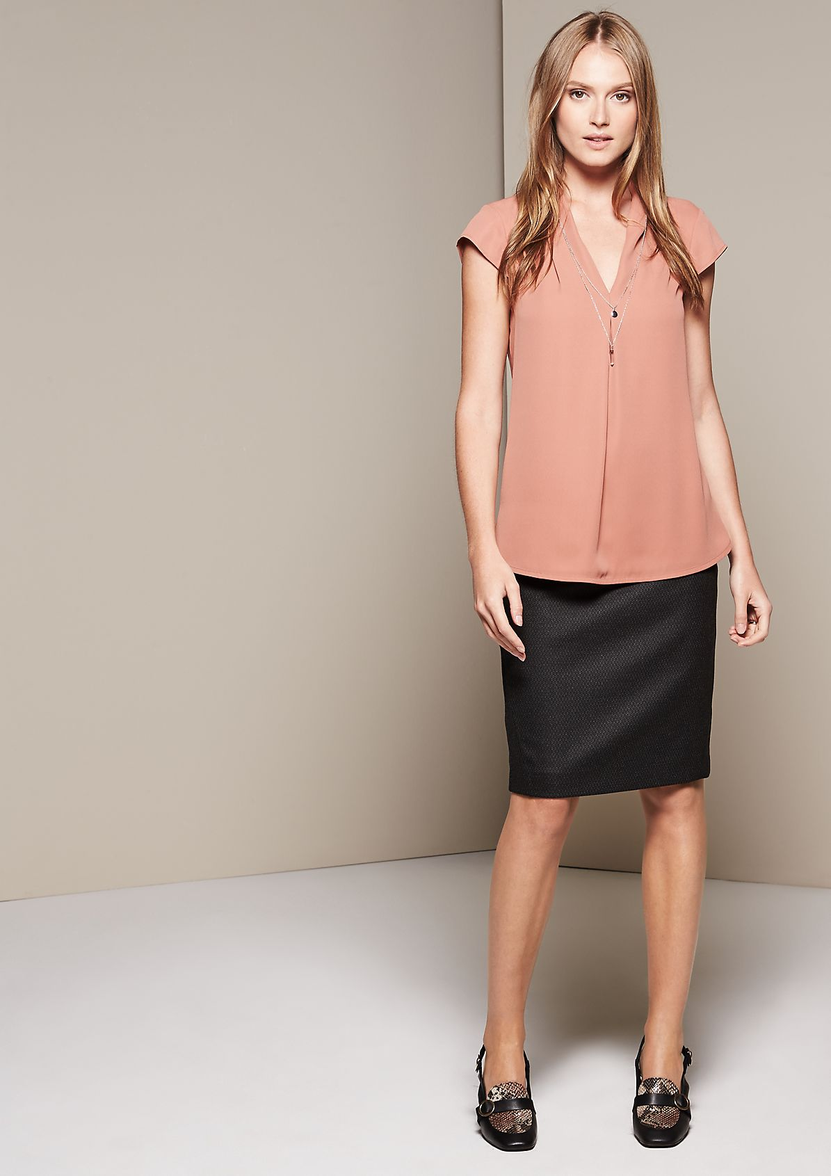 Lightweight short sleeve blouse with sophisticated details from comma