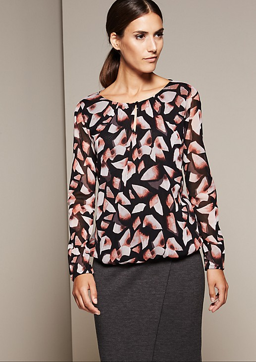 Delicate long sleeve mesh top with a beautiful all-over print from comma