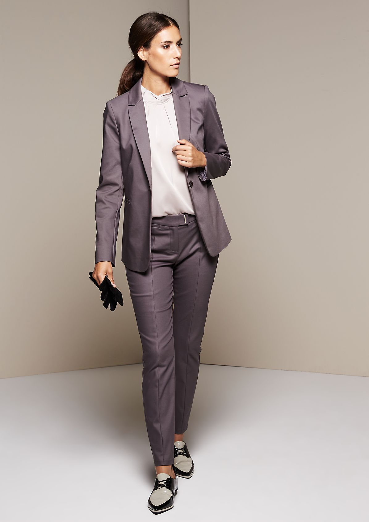 Elegant business trousers with extravagant details from s.Oliver