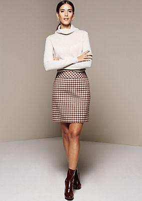 Casual short skirt with fine details from s.Oliver