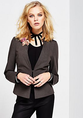 Elegant business blazer with beautiful details from comma