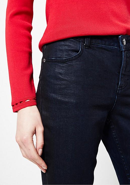 Klassische Jeans mit matt glänzender Beschichtung