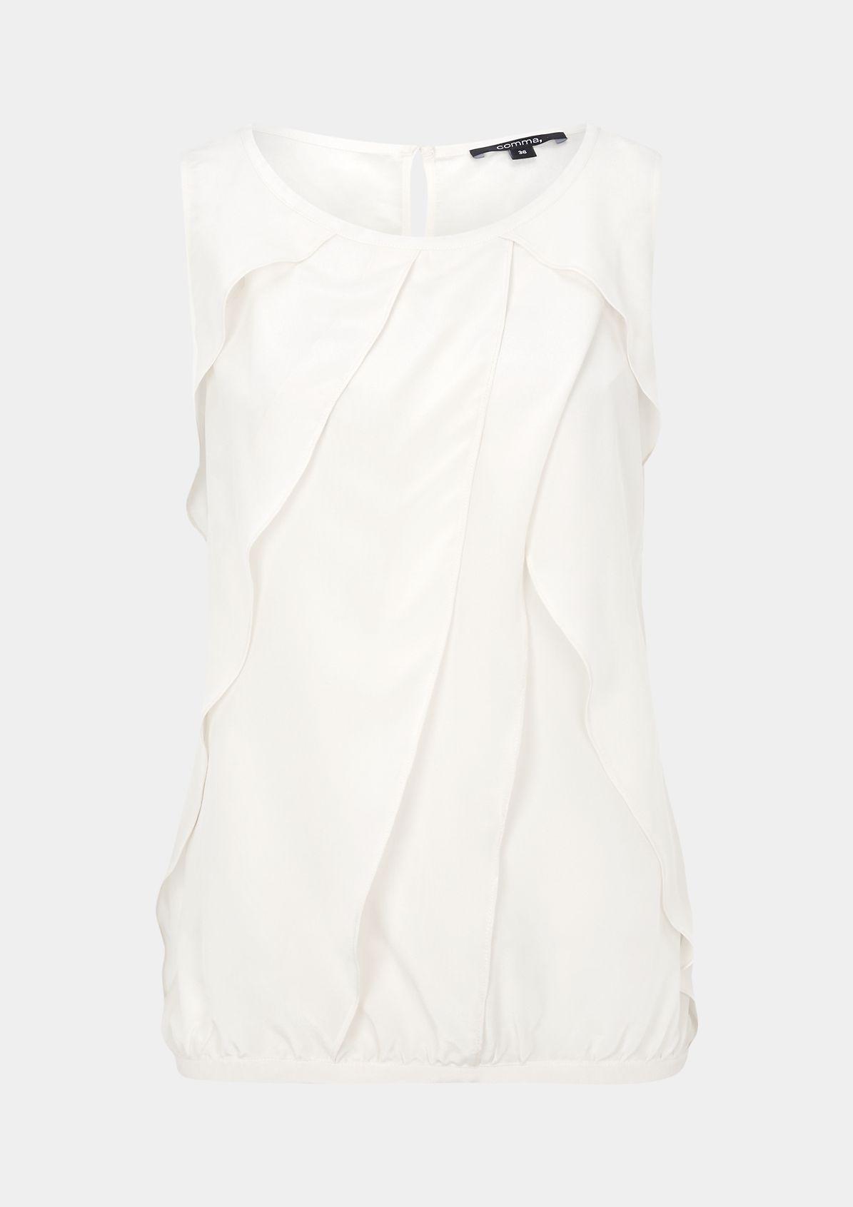 Elegantes Seidentop im raffinierten Lagenlook