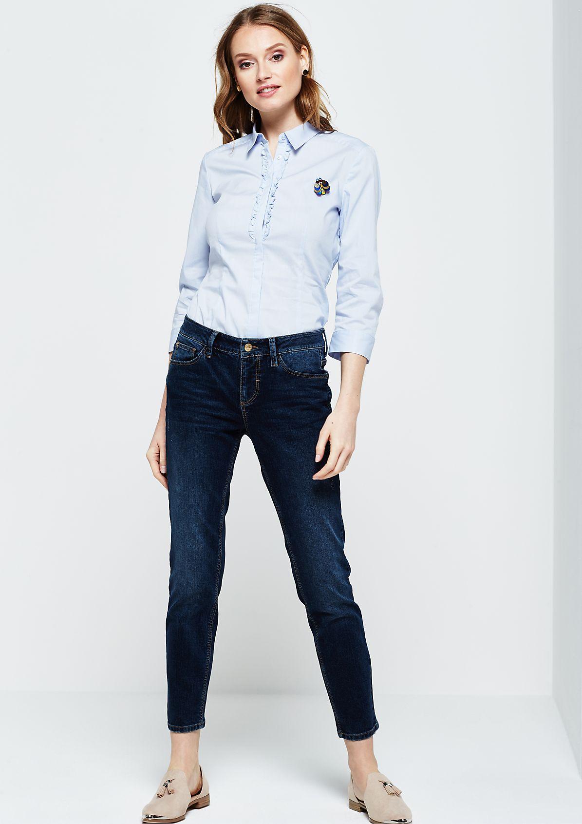 Extravagante 3/4-Arm Bluse mit abnehmbarer Brosche