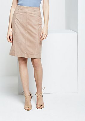 Extravagant velour skirt from s.Oliver