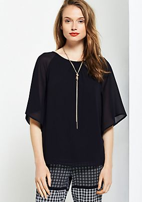 Extravagant crêpe blouse with short sleeves from comma