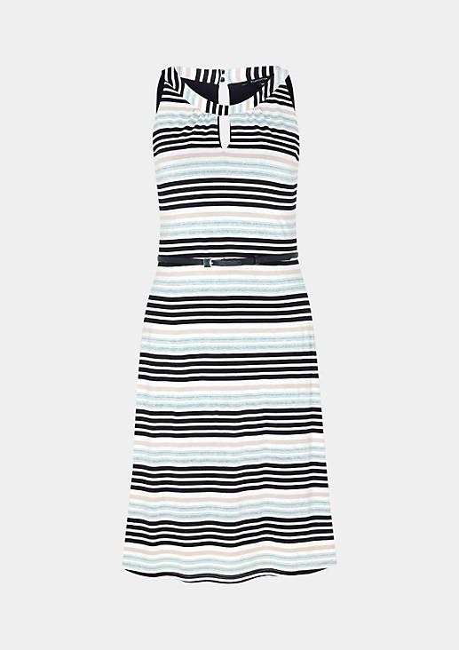 Feines Jerseykleid im Streifenlook