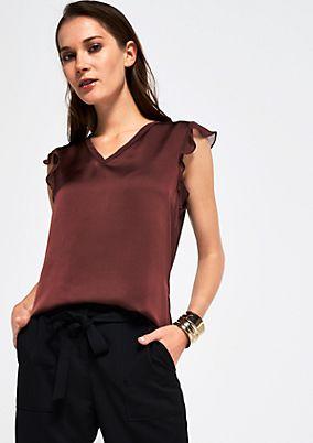 Kurzarmshirt im feinen Materialmix