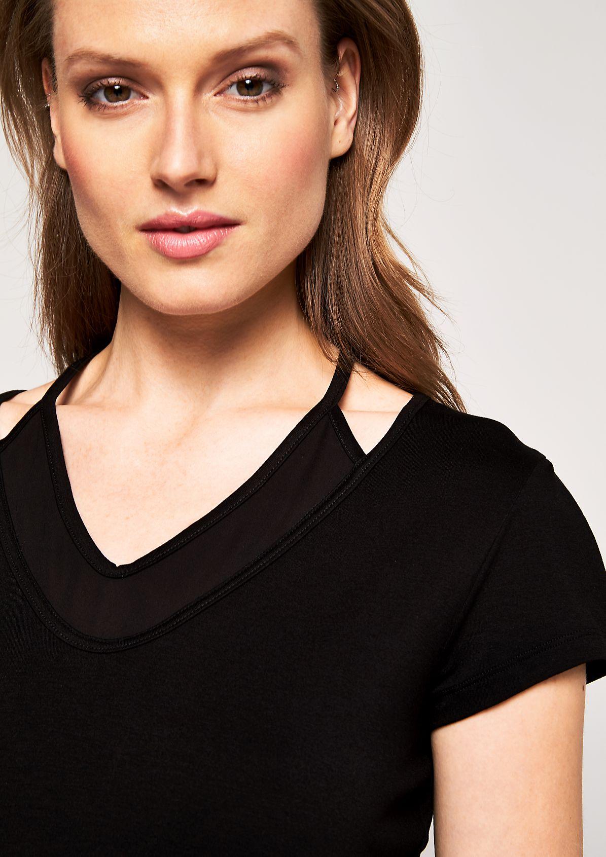 Jerseyshirt mit edlem Chiffoneinsatz