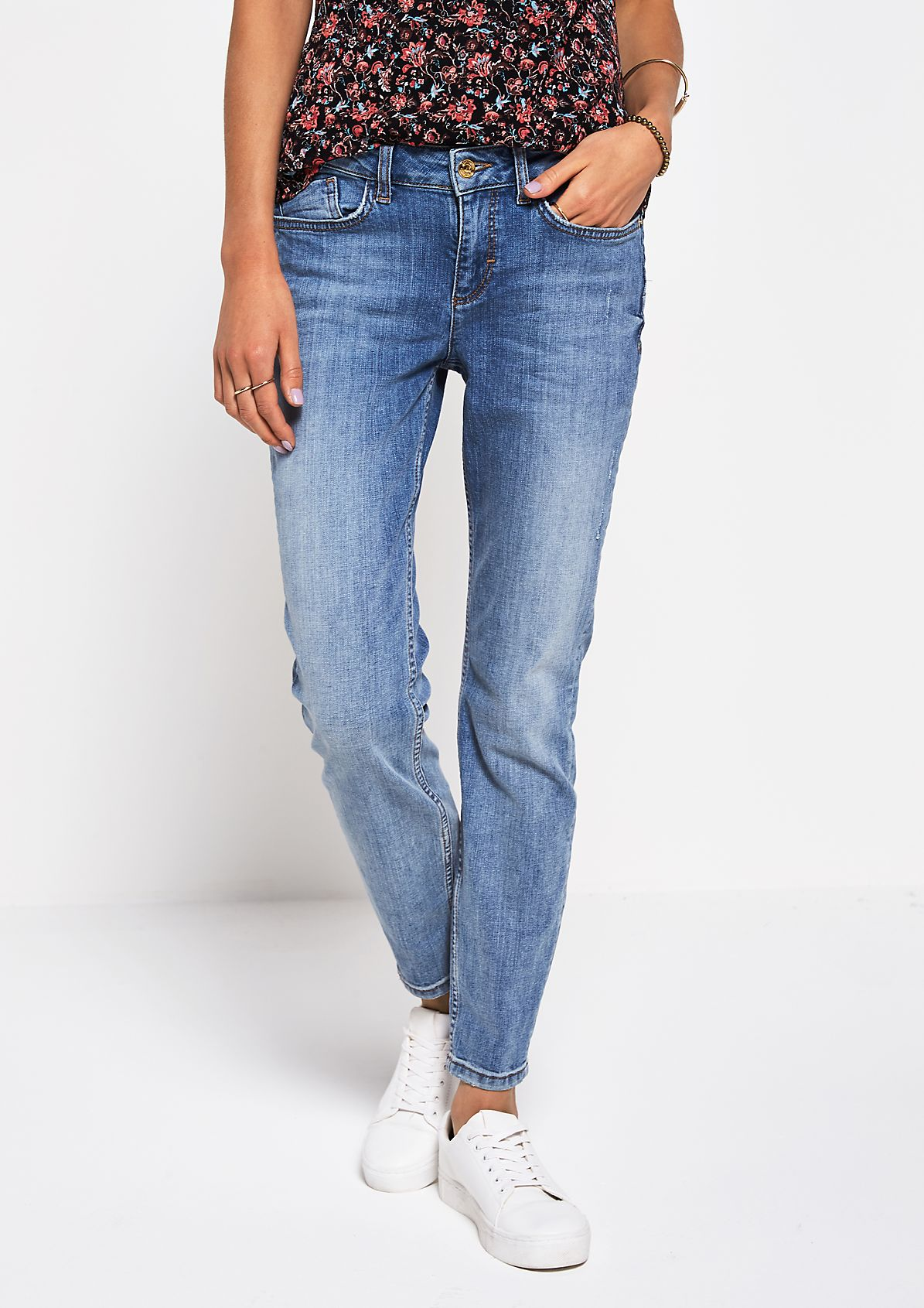 Lässige Jeans in Used-Optik