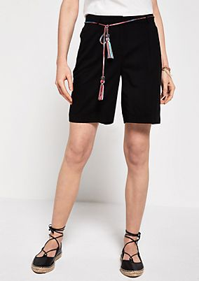 Lightweight summer shorts with a belt from s.Oliver