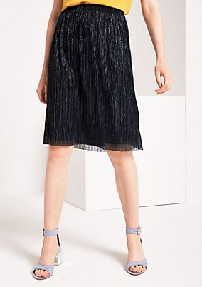 Pleated business skirt made of glitter thread from comma