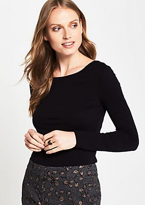 Extra lightweight jersey long sleeve top with fine details from comma