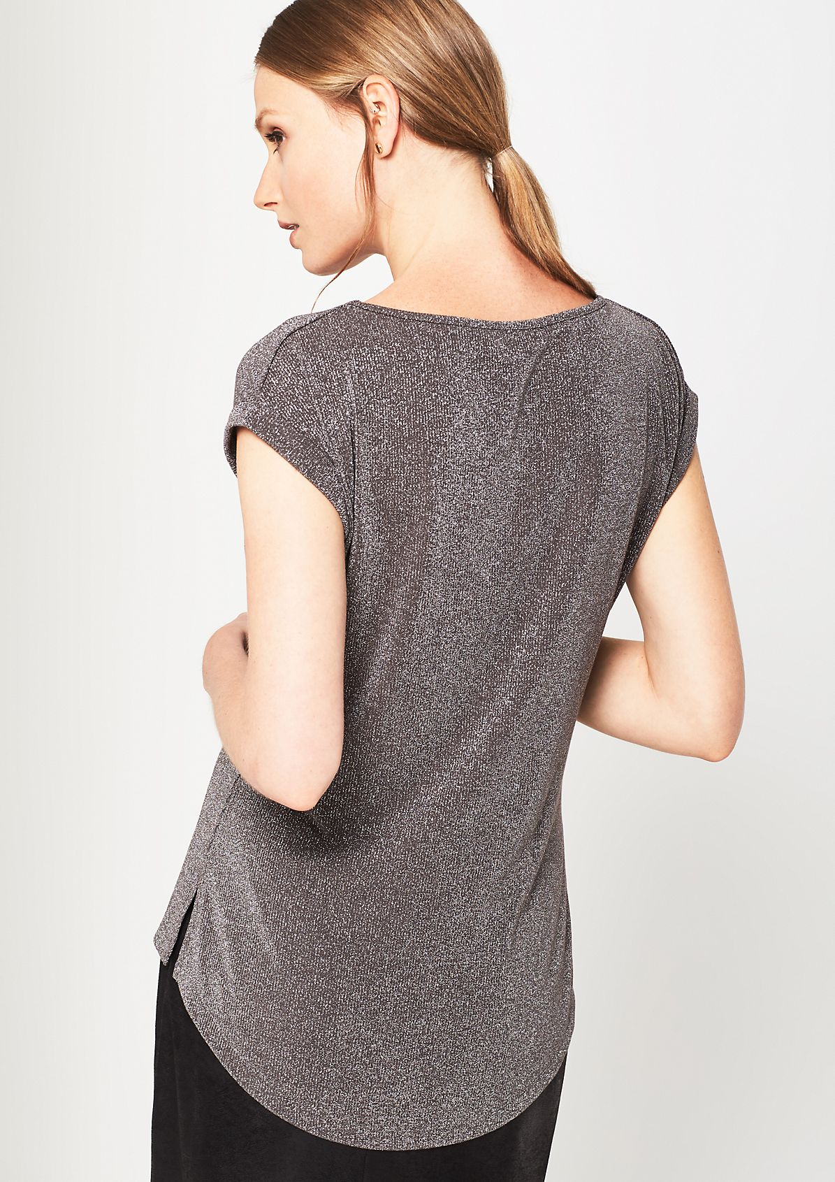 Short sleeve knit top in glittery effect yarn from comma