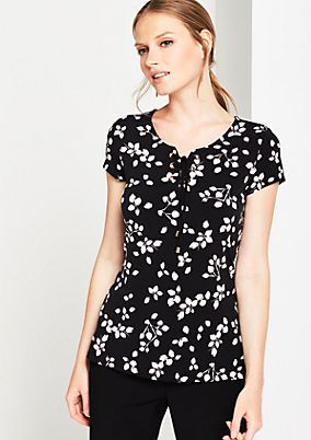 Short sleeve jersey top with an all-over print from comma