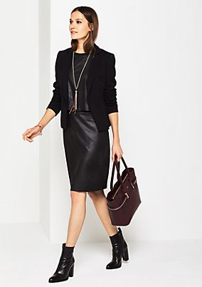 Lightweight business skirt with a waffle pattern from comma