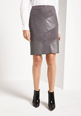 Business skirt with an exciting pattern from comma
