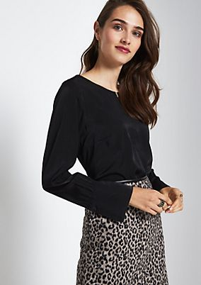 Elegant satin blouse with sophisticated details from comma