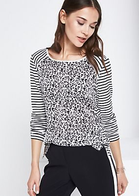 Jersey long sleeve top with sophisticated patterns from comma