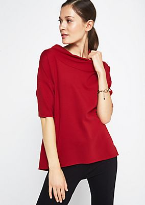 Crisp short sleeve top with a stand-up collar from comma
