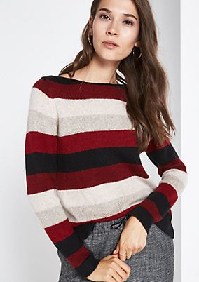 Soft knit jumper with an exciting all-over pattern from comma