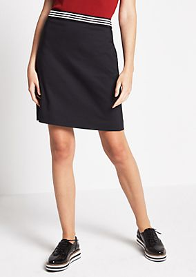 Short business skirt with a micro pattern from comma