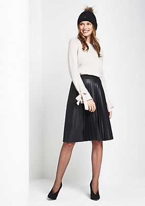 Elegant faux leather skirt with exciting decorative pleats from comma