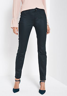 Coloured jeans with wonderful details from comma